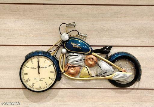Trendy Clocks
