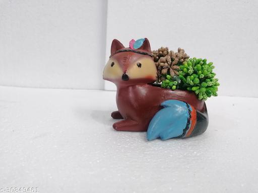 Polyresin Fox Planter for Home/Garden Décor