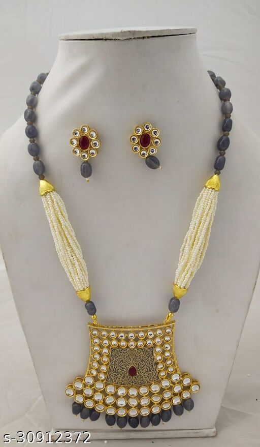 Shimmering Charming Women jewellery sets