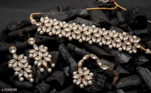 Attractive Jewellery Sets