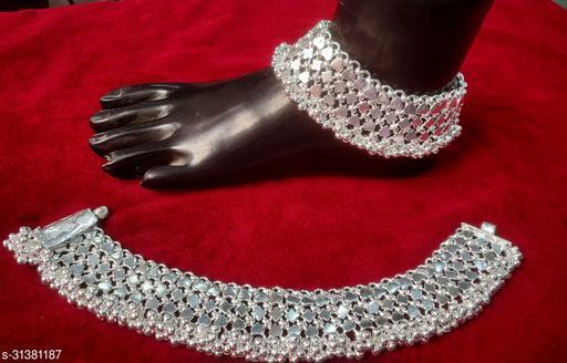 Graceful Women Anklets & Toe Rings