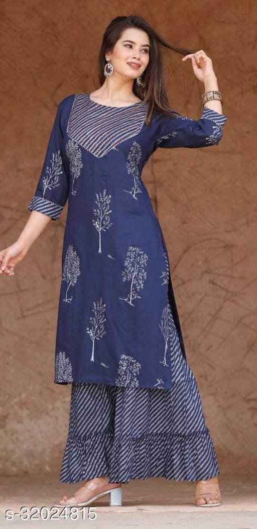 Aakarsha Attractive Women Kurta Sets