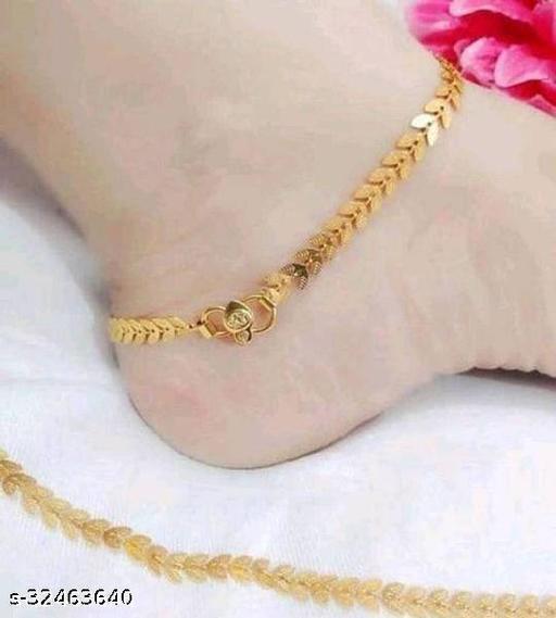 Sizzling Fancy Women Anklets & Toe Rings