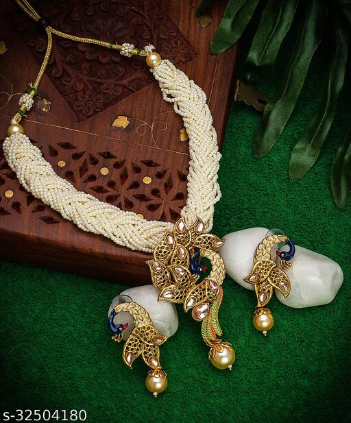 Peacock Style Pearls Style Handmade Necklace Earrings