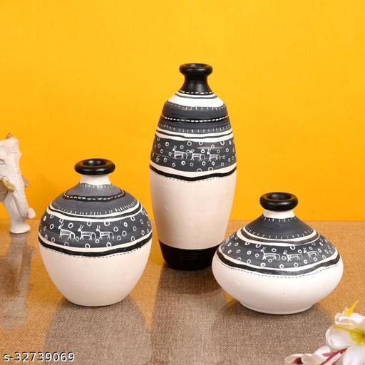 Vase Earthen White Warli (Set of 3) 5/6/3.4