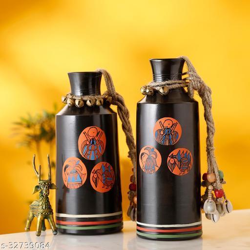 Earthen Vases Handpainted in Madhubani Tattoo Art