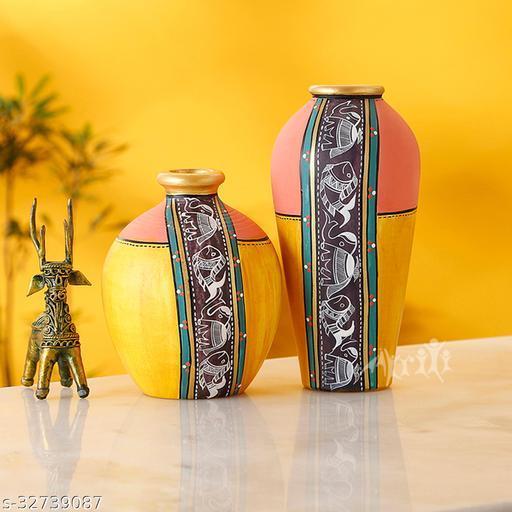 Vase Earthen Yellow Madhubani (Set of 2) (5x3.6/6.7x3.2)