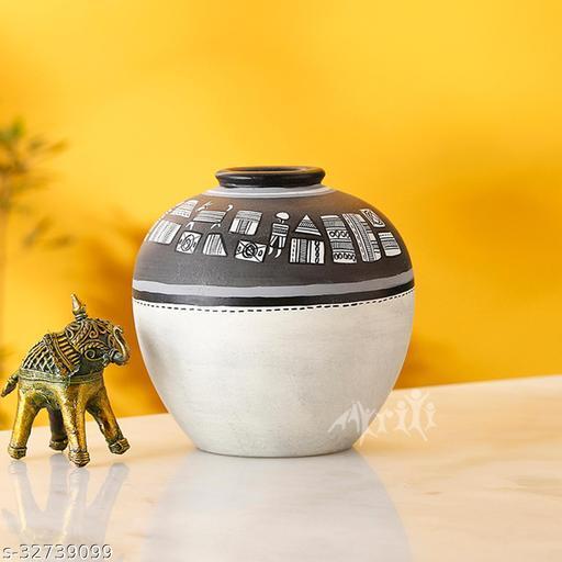 Vase Earthen Handcrafted Black & White Warli 5x5(HxD)