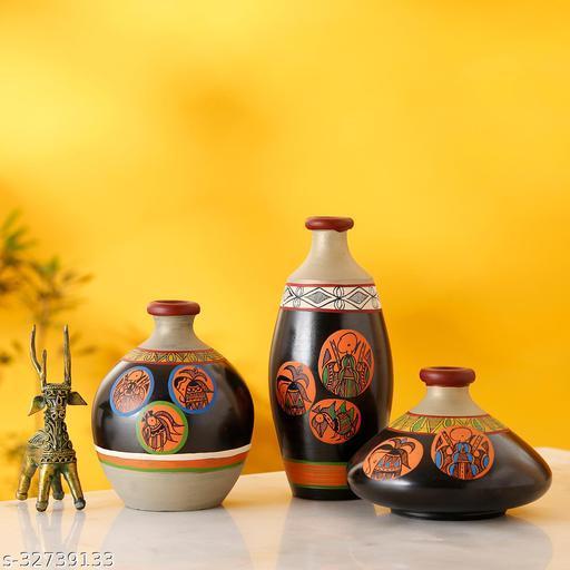 Vase Earthen Black Madhubani (Set of 3) 3.2/7/4.5