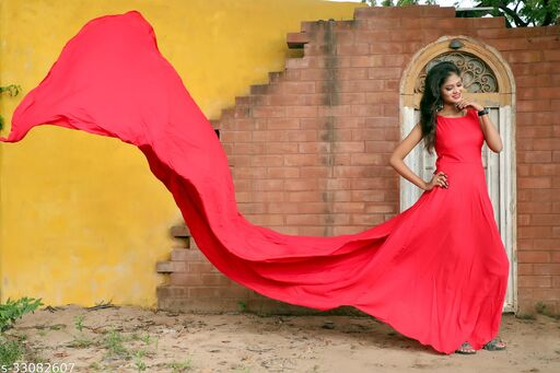 Pre Wedding Photoshoot Red Gown