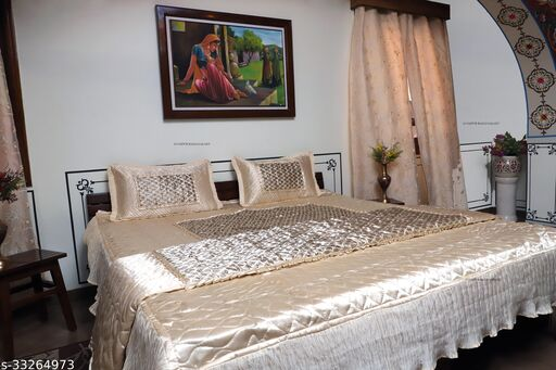 Elegant Attractive Bedding Set