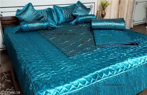 Gorgeous Stylish Bedding Set