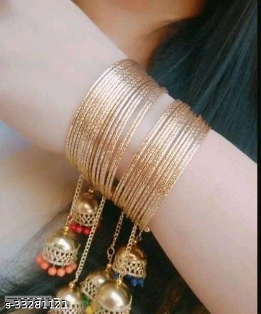 Fashionable Golden Bangle for Girls