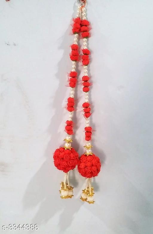 Toran & Wall Hangings Home Fancy Dream Diwali Door Hanging  *Material* Beads, Flowers   *Size* 42 in   *Description* It Has 2 Piece Of Diwali Door Hangings   *Work* Beads Work  *Sizes Available* Free Size *    Catalog Name: Diya Home Fancy Dream Diwali Door Hangings Vol 15 CatalogID_463151 C128-SC1318 Code: 294-3344388-