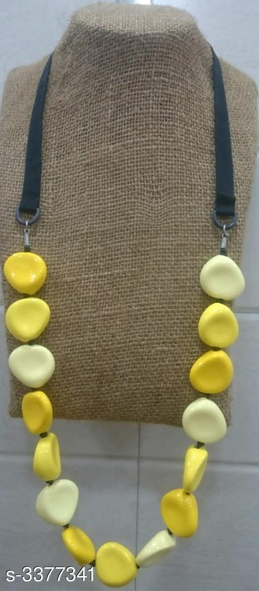 Elegant Alloy Beads Work Women's Necklace