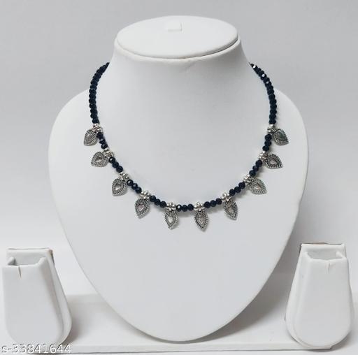 Feminine Chunky Necklaces & Chain
