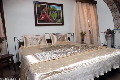 Trendy Classy Bedding Set