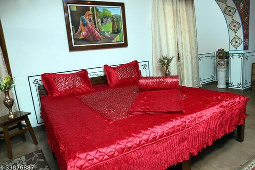 Classic Versatile Bedding Set