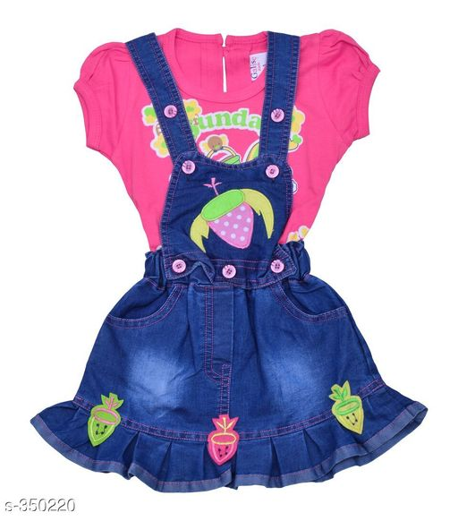 Dungarees Trendy Denim Baby Girls Dungaree  *Fabric* Denim 