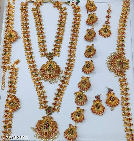 Trendy Jewellery Set