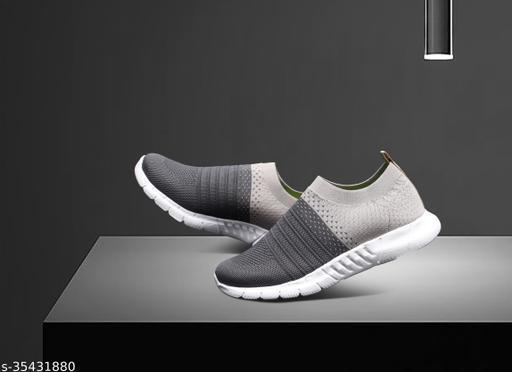 Unique Fabulous Men Sports Shoes