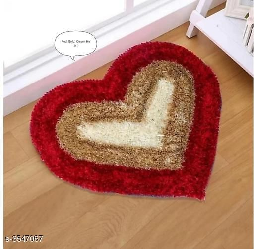 Beautiful Heart Shaped Polyester Solid Carpet