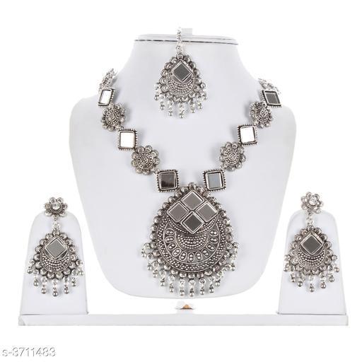 Classic Women's Jewellery Set