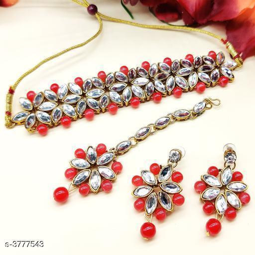 Women's Kundan And Beadwork Jewellery Set