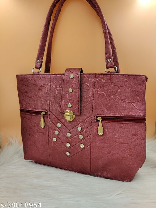 Voguish Alluring Women Handbags
