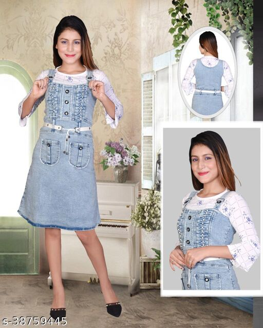 DENIM DUNGAREE WITH PRINTED COTTON TOP