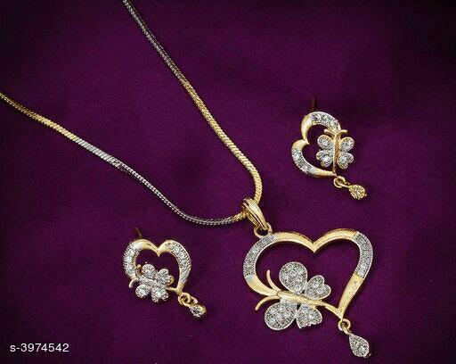 Attractive Women's  jewellery set