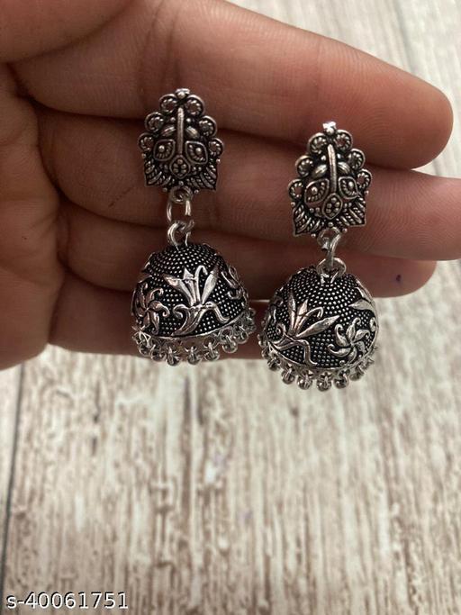Diva Graceful Earrings