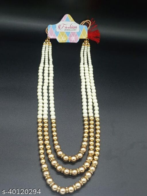 Shimmering Chic Necklace
