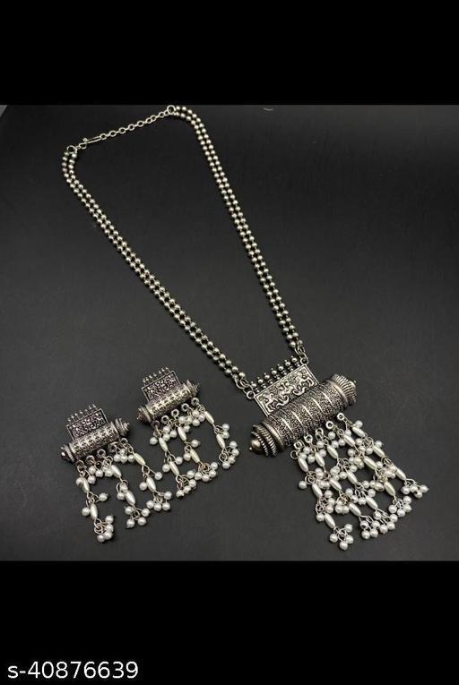 Elegant Oxidised Women Jewellery Set