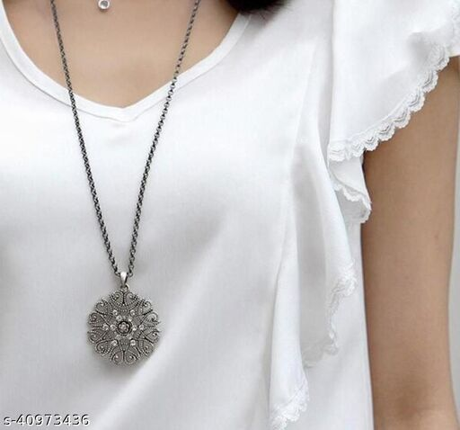 Womens Vintage Silver Flower Chain Necklace (Silver)