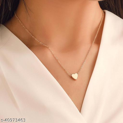 Womens Golden Heart Chain Necklace (Gold)