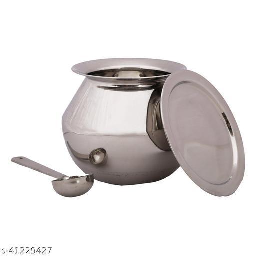 Graceful Pots