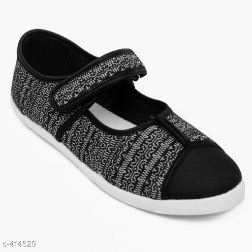 Casual Shoes Stylish Canvas Women's Footwear (MRP- Rs 499)   *Material* Canvas   *UK/IND Size* 4, 5, 6, 7, 8   *Euro Size* 37, 38, 39, 40, 41   *Closure* Lace Up   *Description* It Has 1 Pair Of Women's Footwear   *Pattern* Solid   *Disclaimer* Maximum Retail Price (MRP) mentioned in product name.  *Sizes Available* IND-8, IND-5, IND-6, IND-7 *   Catalog Rating: ★4 (433)  Catalog Name: Classy Women's Casual Shoes Vol 11 CatalogID_44846 C75-SC1067 Code: 804-414529-