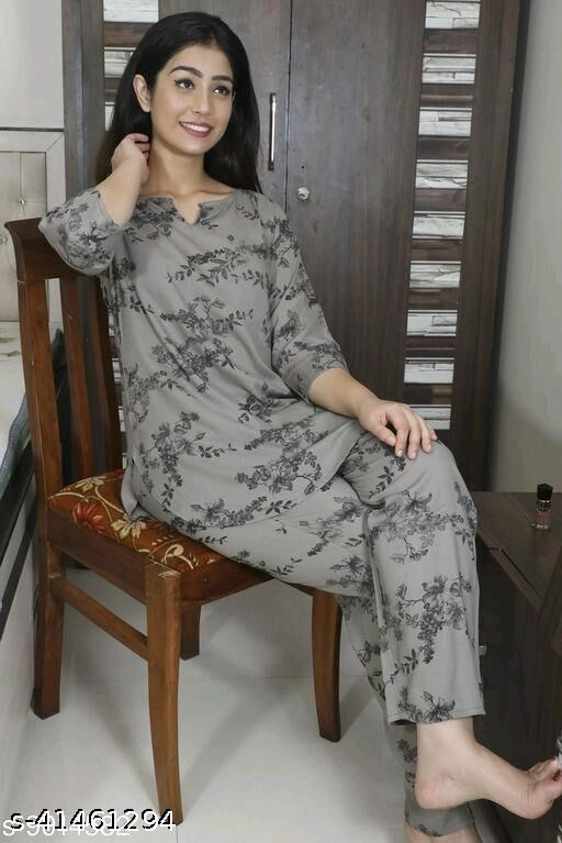 Women's Rayon Grey Nightsuits