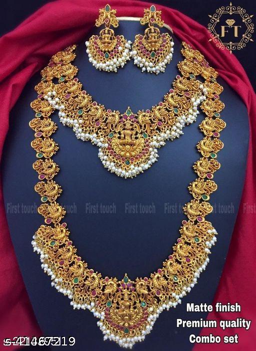 Twinkling Glittering Women Jewellery Set