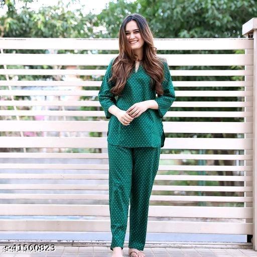 Women's Rayon Green Nightsuits