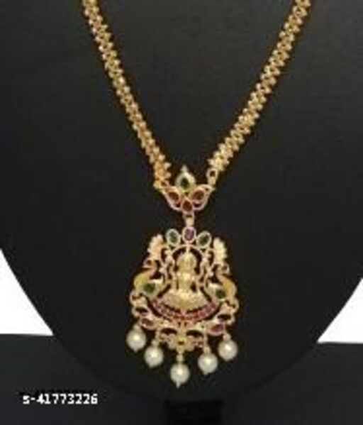 Sizzling Charming Women Necklaces & Chains