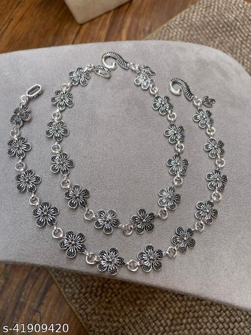Allure Bejeweled Women Anklets & Toe Rings