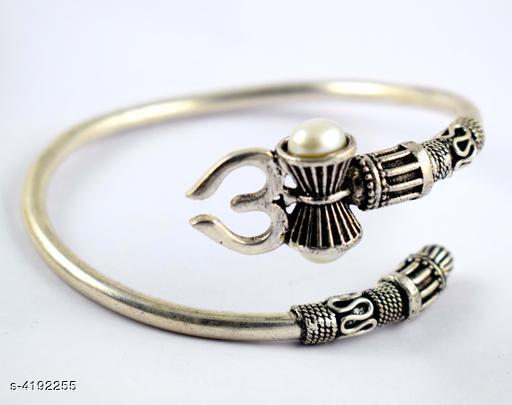 Attractive Men's Bracelet