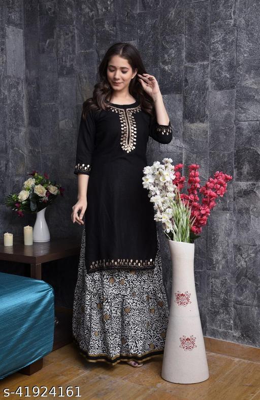 Trending Flayred kurta set,Beautiful, Styliesh and party wear Printed Kurti in reyon fabric