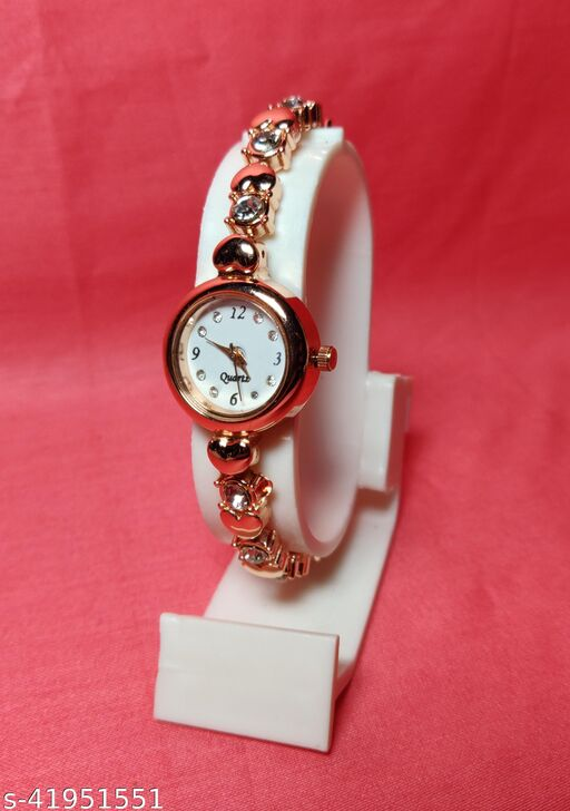 new trendy watches for women