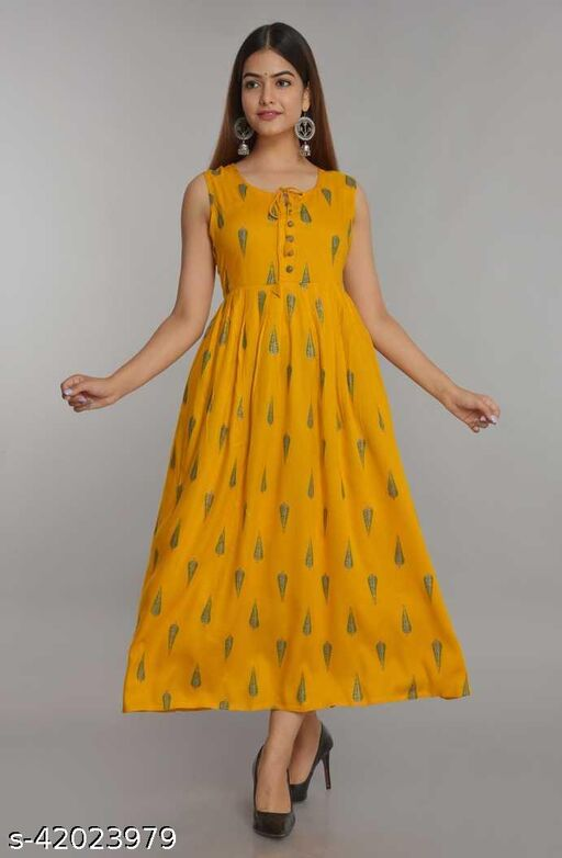 Anakali Sleevless gown With Gold Print