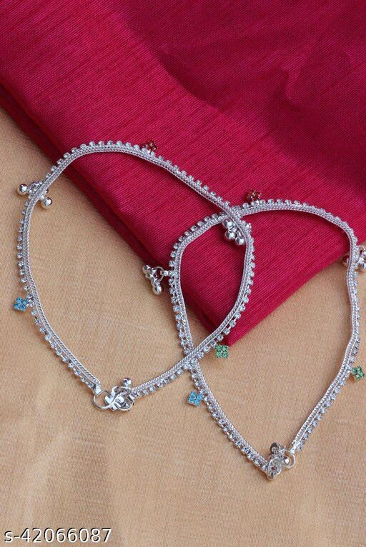 FANCY ANKLET WITH FREE GIFT