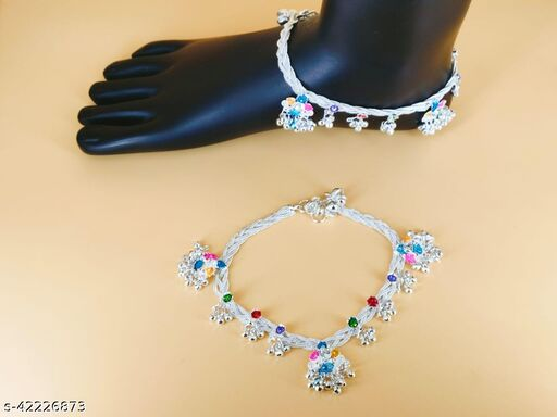 Sizzling Graceful Women Anklets & Toe Rings