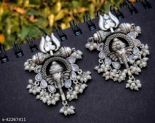 Samridhi DC Top Trending Oxidised Earrings